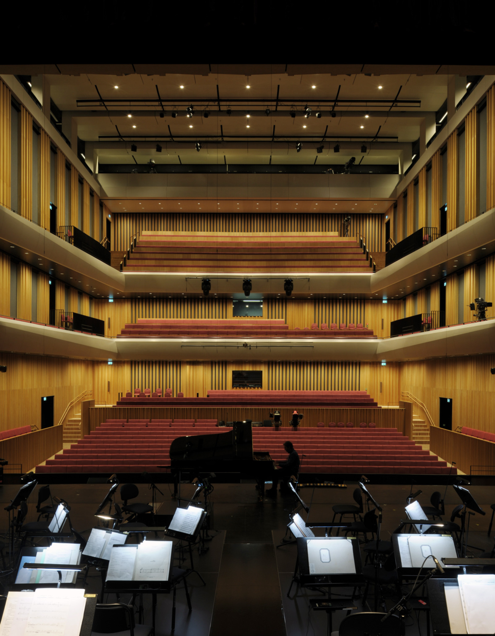 Dark, Arkitekter, Dark Arkitekter, Architects, Dark Architects, DRDH, DRDH Architects, Bodø, Norway, Norge, Stormen, Stormen kulturkvartal, Stormen culture quarter, library, bibliotek, concert hall, concert scene, konsertscene, konserthall, music hall, urban design, granite, konsertsal